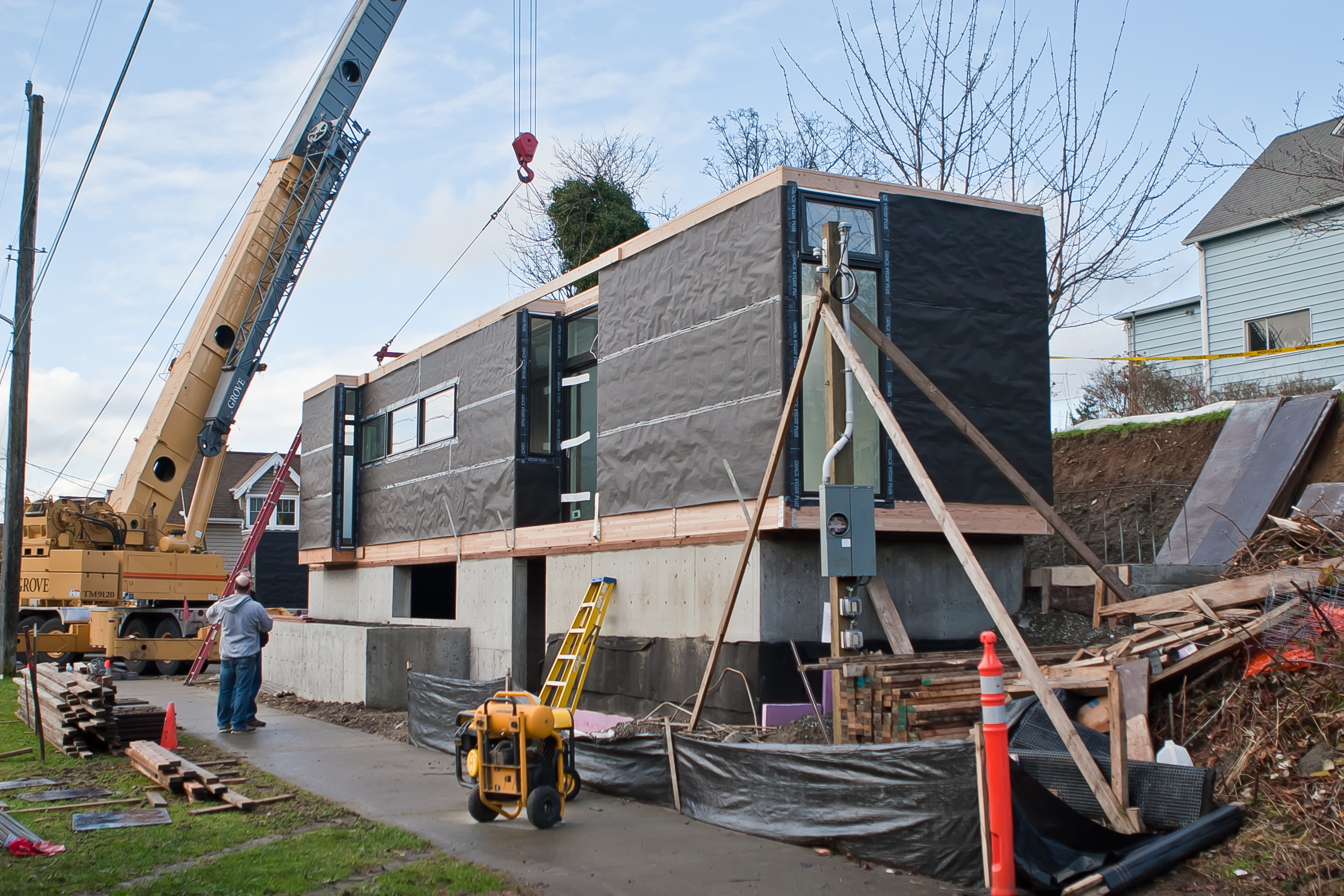 Seattle Gets 2 New Ultra Modern Prefabs - Infiniti Real Estate and ...
